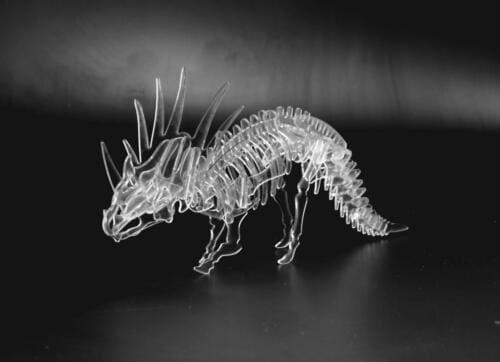 Dinozaur zplexi wycięty laserem